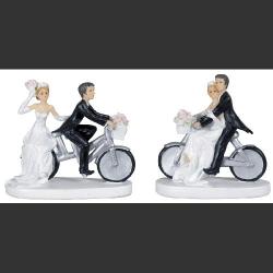 COUPLE MARIES A VELO...